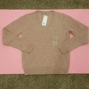 Uniqlo lambswool blend v neck sweater